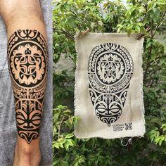 65 Maori Arm Chest & Leg Tattoos for Inspiration Taino Tattoos, Tattoos Bein, Tribal Forearm Tattoos, Mayan Tattoos, Leg Tattoos, Body Art Tattoos, Tattoos For Guys, Sleeve Tattoos, Borneo Tattoos