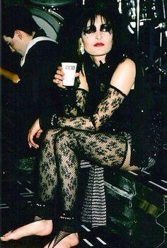 Siouxsie Sioux, of course. Siouxsie Sioux, Siouxsie & The Banshees, Radiohead, Women Of Rock, Punk Goth, 80s Goth, New Romantics, Music Film, Famous Women