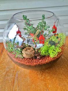 8 DIY Miniature Christmas Fairy Garden Ideas To Make In Minutes   Balcony Garden Web Diy Fairy Garden, Indoor Fairy Gardens, Fairy Garden Houses, Miniature Fairy Gardens, Garden Crafts, Garden Projects, Fairies Garden, Garden Web, Diy Projects