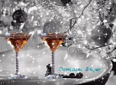 Happy Holidays and Merry Christmas Wishes Pictures with Quotes Christmas Wishes Pictures, Merry Christmas Wishes, Christmas And New Year, Christmas Holidays, Christmas Ornaments, Christmas Vignette, Christmas Cover, Celebrating Christmas, Christmas Blessings