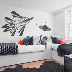 Is your child a dreamer ? And you ? Kids who are often told to get their heads out of the clouds learn a little of the science behind nature's best dream-inspirers. #wallstickers #walldecals #kidsroomdecor #fighterplane