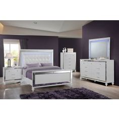 Classic Bedroom Furniture, New Classic Furniture, Discount Bedroom Furniture, Bedroom Furniture Sets, White And Mirrored Bedroom Furniture, Silver Bedroom Decor, Neon Bedroom, Bedroom Ideas, Bedroom Stuff