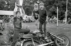 Blog des Smootards Lurrons: Fût un temps les enfants de Bikers finissaient les Japonaises après la curie :-)