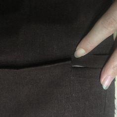 【巻きスカートの作り方】簡単なパターン・無料型紙付き! | スカートの作り方を調べるならdressmaker Dressmaking, Fashion, Sewing, La Mode, Fashion Illustrations, Sew, Fashion Models