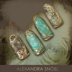 Nail Art elevated to the next level. <<<< LOVE the gold detailing Nail Design Stiletto, Nail Design Glitter, Stamping Nail Art, Gel Nail Art, Gorgeous Nails, Pretty Nails, Vintage Nails, Japanese Nail Art, Luxury Nails