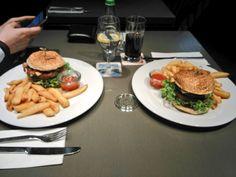 Benz, Hamburger, Social Media, Night, Twitter, Ethnic Recipes, Food, Essen, Burgers