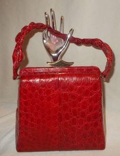 Stunning Red Vintage 1940 S Vogue Inc Alligator Crocodile Handbag Perfect Condition By Vintagehandbagdreams On Etsy