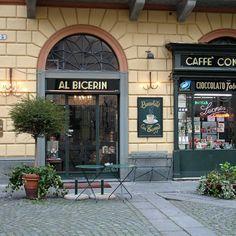 Piazza della Consolata: bar storico