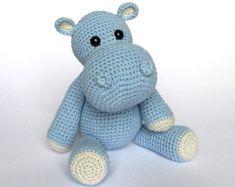 Little Hippo Timi- Amigurumi Crochet Pattern / PDF e-Book / Stuffed Animal Tutorial by DioneDesign on Etsy Crochet Hippo, Crochet Amigurumi, Bead Crochet, Amigurumi Patterns, Crochet Animals, Crochet Crafts, Crochet Dolls, Crochet Baby, Crochet Projects