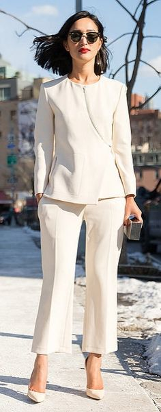 NYFW street style: Nicole Warne in a white suit