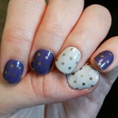 Celebration nails! :D #jamberrynails #icyberrypolkajn and #icygoldsilverpolkajn #jamicure #treatyoself #weightwatchers