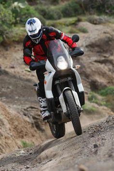 Launch report: 2009 KTM 990 Adventure R   MCN