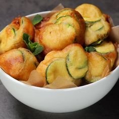 """This is """"Frittelle nuvola di zucchine al pecorino"""" by Al.ta Cucina on Vimeo, the home for high quality videos and the people who love them. Vegan Dinners, Healthy Dinner Recipes, Vegetarian Recipes, Cooking Recipes, Tasty Videos, Food Videos, Good Food, Yummy Food, Casserole Recipes"""