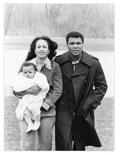 Muhammad Ali is pictured with wife Veronica Porsche Ali and daughter Hana Ali in 1977 while touring their farm in Berrien Spring, Michigan. Rare photo from Ebony | Sporting News. Like & Repin. Follow Noelito Flow instagram http://www.instagram.com/noelitoflow