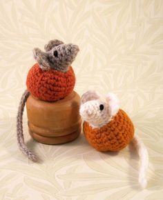 LucyRavenscar - Crochet Creatures: Little Pumpkin Mice  - free amigurumi pattern