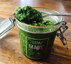 Pesto a la Genovese is a such a  famous sauce, mainly for its simplicity, is one I did not come to appreciate until well in my 20's. I made an attempt to make Pesto Tagliatelle as a student late in my teens with the store bought kind and I frankly thought it to be horrible... Read More Creamy Pesto, How To Make Pesto, Hand Blender, Food Processor Recipes, Wellness, Student, Homemade, Store, Home Made