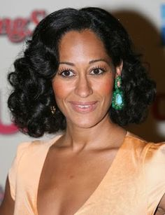 #GetTheLook: Want Tracee Ellis Ross' Classic Wavy Curls? Let me show you how! http://www.hypehair.com/40450/tracee-ellis-ross-get-the-look-classic-wavy-curls/