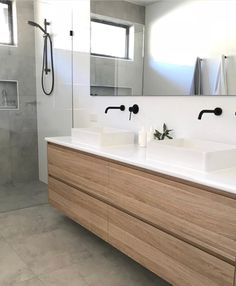 Upstairs Bathrooms, Downstairs Bathroom, Small Bathroom, Modern Bathrooms, Fitted Bathroom, Wooden Bathroom, Bad Inspiration, Bathroom Inspiration, Small Apartment Interior