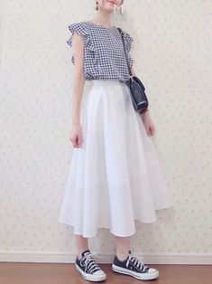 Korean Outfit Street Styles, Korean Casual Outfits, Korean Summer Outfits, Classy Outfits, Long Skirt Fashion, Fashion Dresses, Long Skirt Style, Korean Girl Fashion, Japanese Fashion