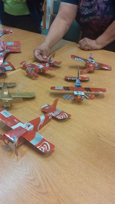 Airplane done with aluminum cans
