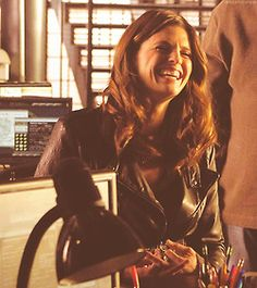 Stana with the giggles