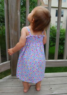 Summer dress and instructions to shear your own fabric. Instructions by measuring, no pattern pieces so ANY size!