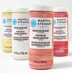 Martha Stewart Crafts® Vintage Decor - New Vintage Decor Paint with a Matte Chalk Finish, Wax and Stencils in @Michaels Stores and great for #diy furniture, #crafts and home decor projects #plaidcrafts #marthastewart #marthastewartcrafts