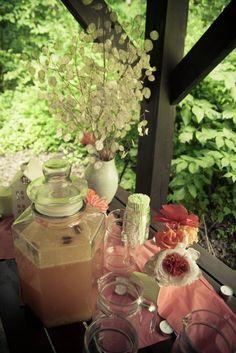 lemonade, paper flowers, wedding