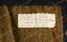 Important fragment de la tapisserie brodée par la reine et sa belle-sœur, Madame Elisabeth