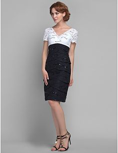 Sheath/Column V-neck Knee-length Lace Mother of the Bride Dress (618835) – AUD $ 142.99