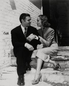 NEWLYWEDS.............CLARK GABLE AND CAROLE LOMBARD...