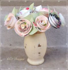 Shabby chic paper roses. paper flowers. Mother's Day Wedding centerpiece. YOUR COLORS. Paper flowers. 2016 wedding trends. Bridal bouquet.