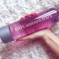 unicorn, pink, and tears image and Ella water bottle Unicorn Birthday, Unicorn Party, Unicorn Gifts, Cute Water Bottles, Unicorns And Mermaids, Gadgets, Rainbow Unicorn, Unicorn Dust, Purple Unicorn