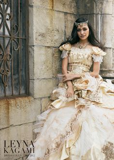 White and Gold Wedding. Sweetheart Corset Ballgown Dress. Fairy Tale Wedding: dress