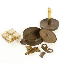 1780 - 1820 tinder box                     **** Primitive Lighting, Antique Lighting, Bushcraft Kit, Longhunter, Lantern Candle Holders, Candlemaking, Primitive Furniture, Candle Molds, Mountain Man