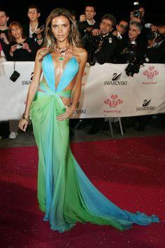 Online Divatmagazin   Divathírek   Boldog Szülinapot, Victoria Beckham!   Divattippek   Trendi   Cosmopolitan