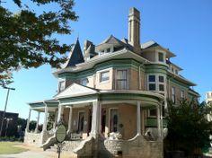 http://www.birminghamlights.com/houses/hassinger_danierls_mansion_2013.jpg
