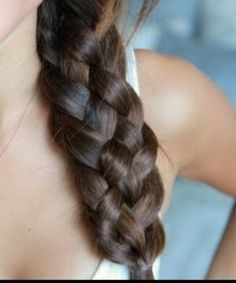 """The five strand braid is an exquisite and interesting hairstyle which is very intricate looking and very beautiful. At theRead More Elegant 5 Strand Braid Hairstyles"""" Box Braids Hairstyles, Pretty Hairstyles, Five Strand Braids, Hair Videos, Hair Hacks, Hair Colors, Hair Inspiration, Blond, Curly Hair Styles"""