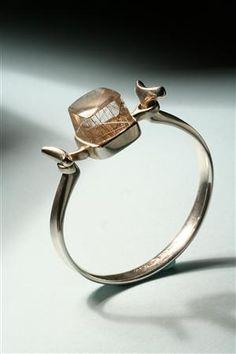 Bracelet | Torun Bülow-Hübe for Georg Jensen, Denmark. 1960's. Sterling silver and striated quartz.