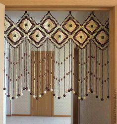 Cortinas al crochet - By Olimpia Crochet Decoration, Crochet Home Decor, Crochet Crafts, Crochet Yarn, Crochet Projects, Crochet Motifs, Filet Crochet, Crochet Doilies, Crochet Patterns