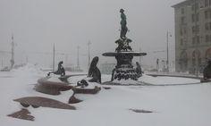 Havis Amanda in Helsinki 30th Nov 2012 after a snow blizzard. Photo: Ville Ristolainen Copyright: MTV Oy