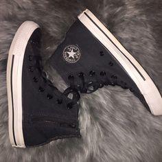 14782e721d10 Glitter Detailed Black Converse High Tops Perfect condition! Men s 4  women s 6 Converse Shoes Athletic