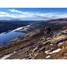 Mountainbiking photography by Mattias Fredriksson.