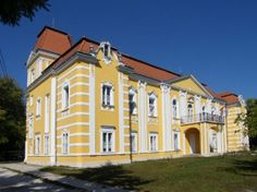 Palaces, Hungary, Castle, Mansions, House Styles, Pictures, Castles, Palace, Manor Houses