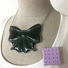 Starry Black - Sugar Bowl Resin Jewelry Set / Why Ann made.