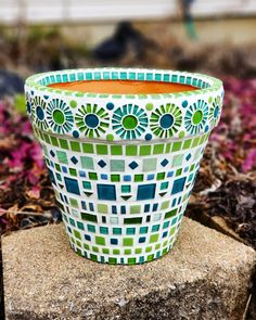 pot handmade Mosaic Flower Pot, Mosaic Garden Pot in Green and Teal Mosaic Garden Art, Mosaic Flower Pots, Mosaic Pots, Painted Flower Pots, Mosaic Glass, Mosaic Tiles, Painted Pebbles, Flower Pot Crafts, Clay Pot Crafts