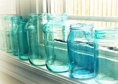 Turn any mason jar into a colored one