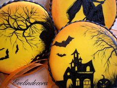 Halloween hand painted cookies, flying witch, bats, house, expertly rendered by Evelindecora - posted on | Cookie Connection