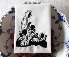 """Stickdatei  """"Maria, Jesus und 2 Engel...""""   von  """"FeinKram""""  hier gibt es die schönsten Scherenschnitt StickDateien ;-))) auf DaWanda.com"""