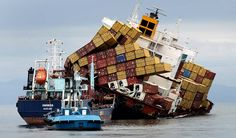 Stricken cargo ship off New Zealand